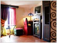 Hotels Paris, Interno